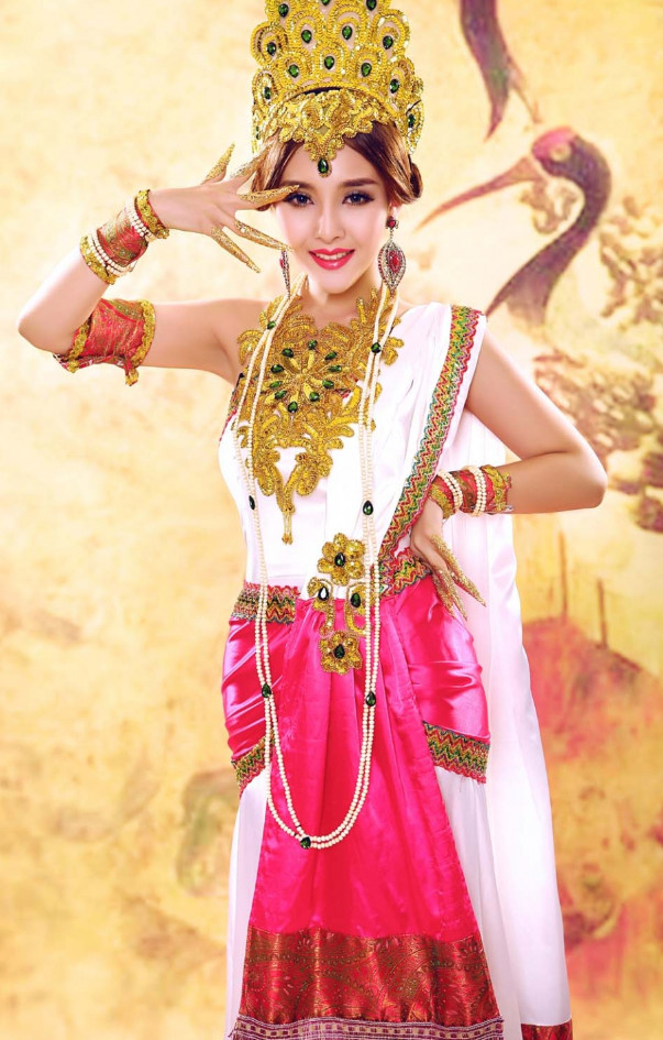 Chinese Indian Carnival Costumes Dance Costumes Traditional Costumes for Women