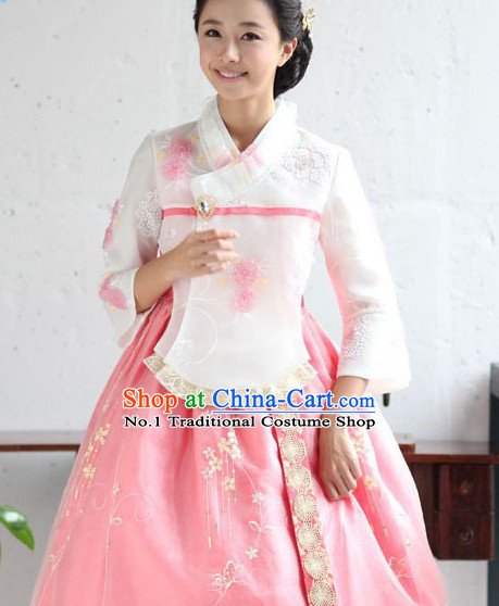 Korean Female National Costumes Traditional Costumes Korean Fashion Style