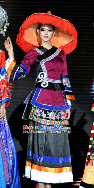 Tradiitonal Chinese Guangxi Province Ethnic National Costumes and Hat Complete Set for Women