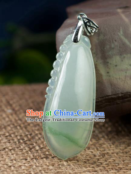 Chinese Traditional Jewelry Accessories Jade Necklace Handmade Carving Emerald Pendant