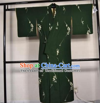 b1b090272c Japanese Traditional Male Kimono Clothing Atrovirens Haori Kimonos Yukata  Robe for Men