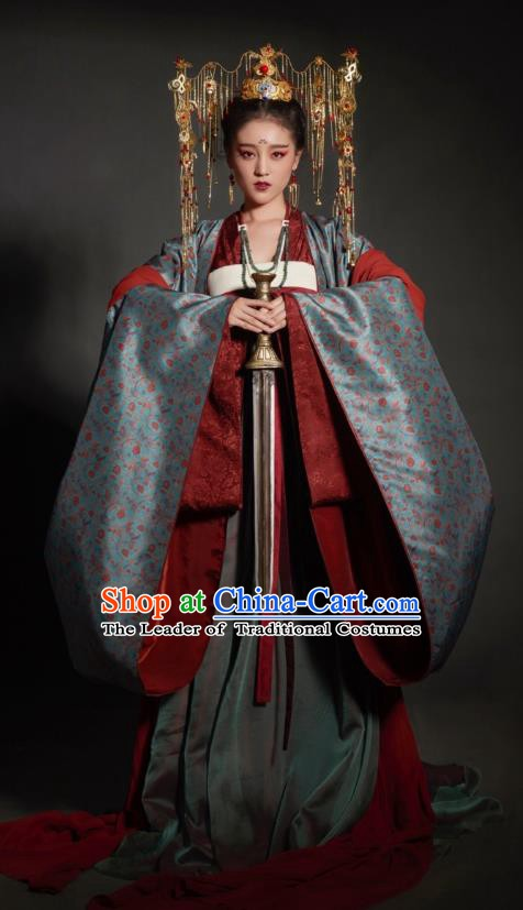Chinese Ancient Empress Mullet Dress Ming Dynasty Palace Queen Embroidered Replica Costume and Headpiece Complete Set