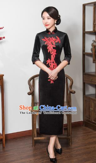 Chinese Traditional Tang Suit Embroidered Qipao Dress National Costume Retro Black Velvet Mandarin Cheongsam for Women