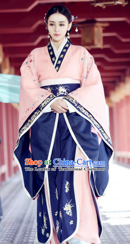 Traditional Chinese Ancient Queen Hanfu Dress Qin Dynasty Imperial Empress Embroidered Historical Costume for Women