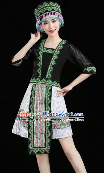 Chinese Traditional Zhuang Nationality Costume Ethnic Folk Dance White Pleated Skirt for Women