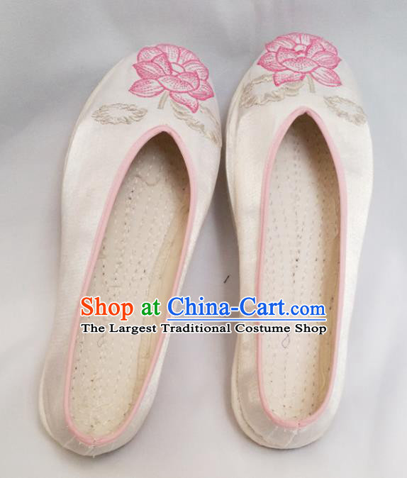 Chinese Ancient Princess Shoes Traditional Satin Shoes Hanfu Shoes White Embroidered Lotus Shoes for Women