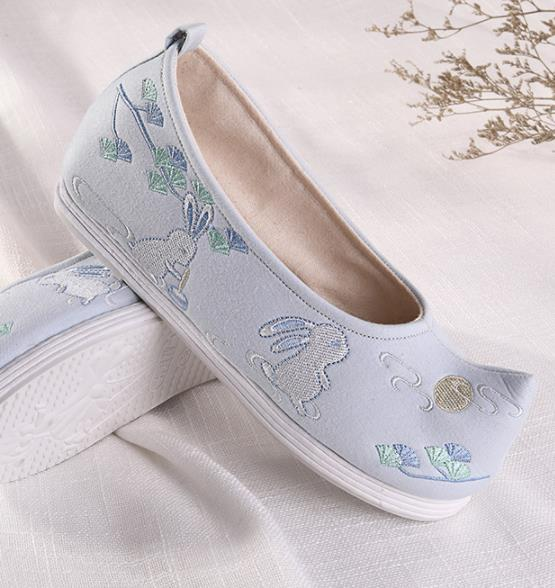 Chinese Traditional Hanfu Blue Cloth Shoes Embroidered Shoes Handmade Ancient Princess Shoes for Women