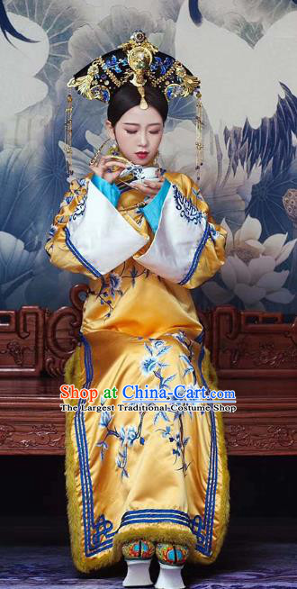 Chinese Ancient Manchu Empress Embroidered Golden Dress Traditional Qing Dynasty Queen Costumes and Headwear Complete Set